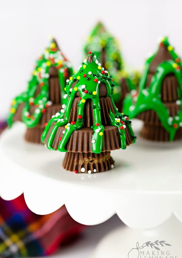 DIY Candy Christmas Trees (Holiday Party Idea!)
