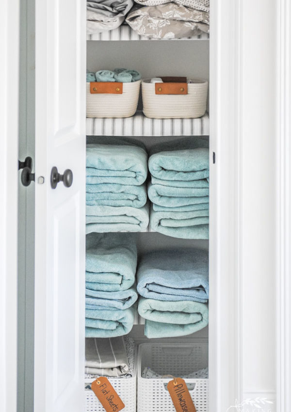 How to Organize Your Linen Closet Beautifully
