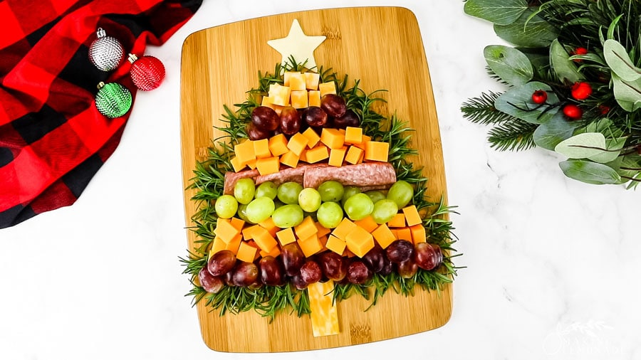 christmas tree meat and cheese board