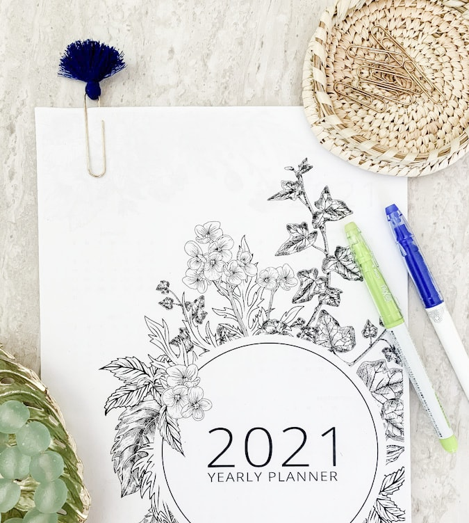 free 2021 planner with pens