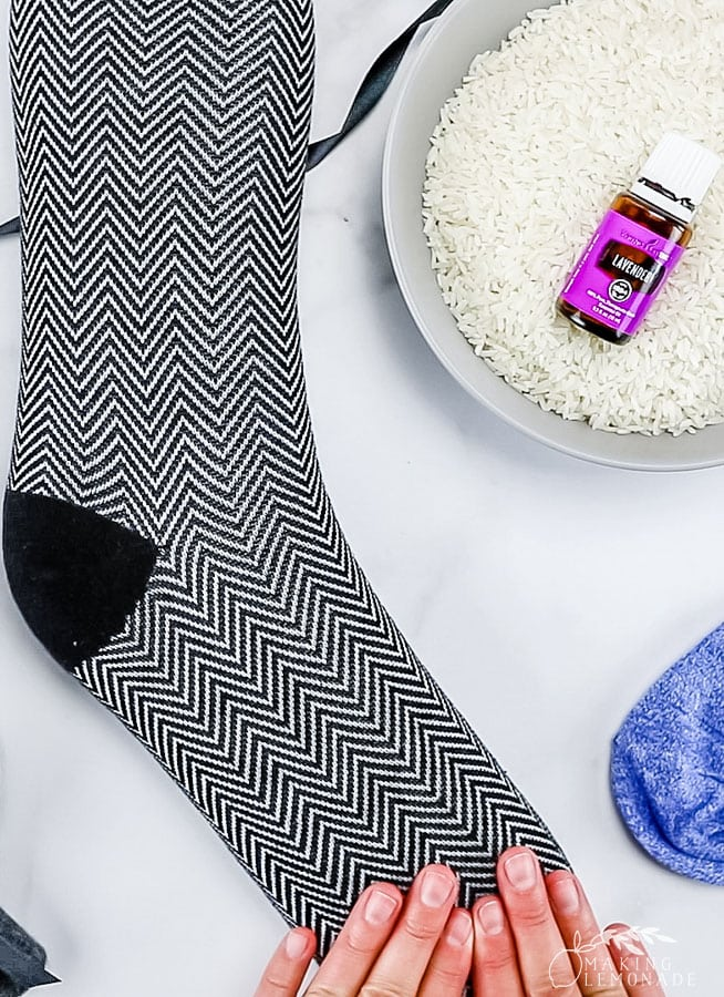 materials for how to make homemade rice sock heating pad