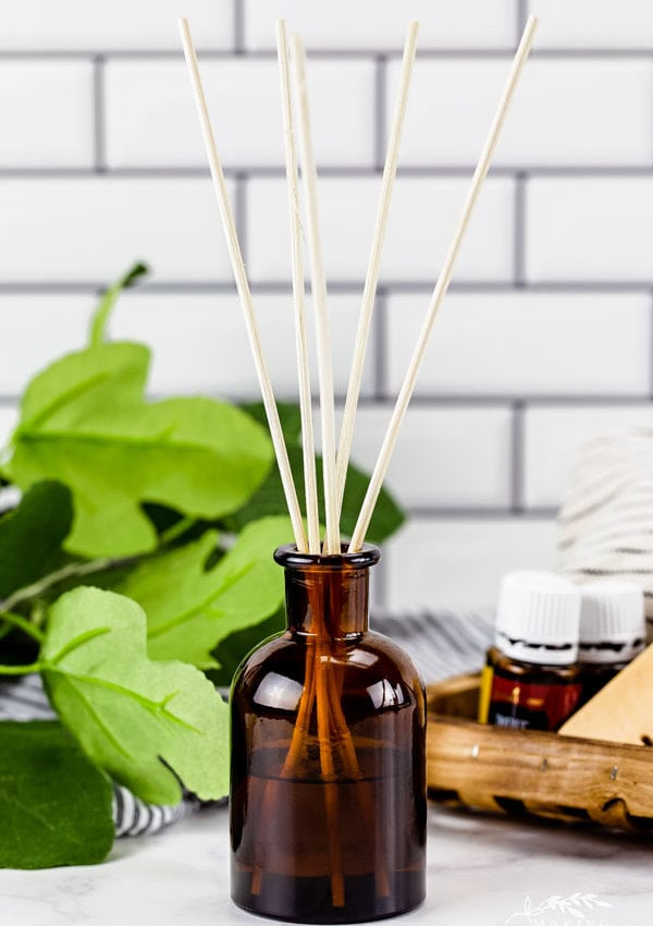 Natural DIY Reed Diffusers That Really Work