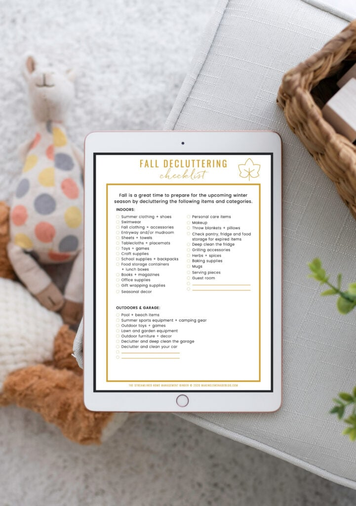 decluttering checklist with toys
